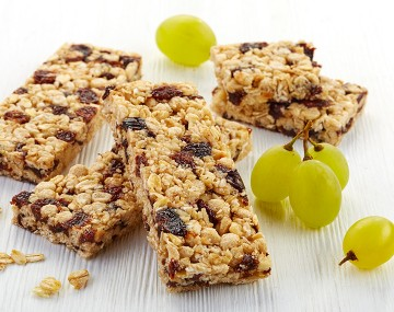 Grape Almond High Protein Cereal Bar