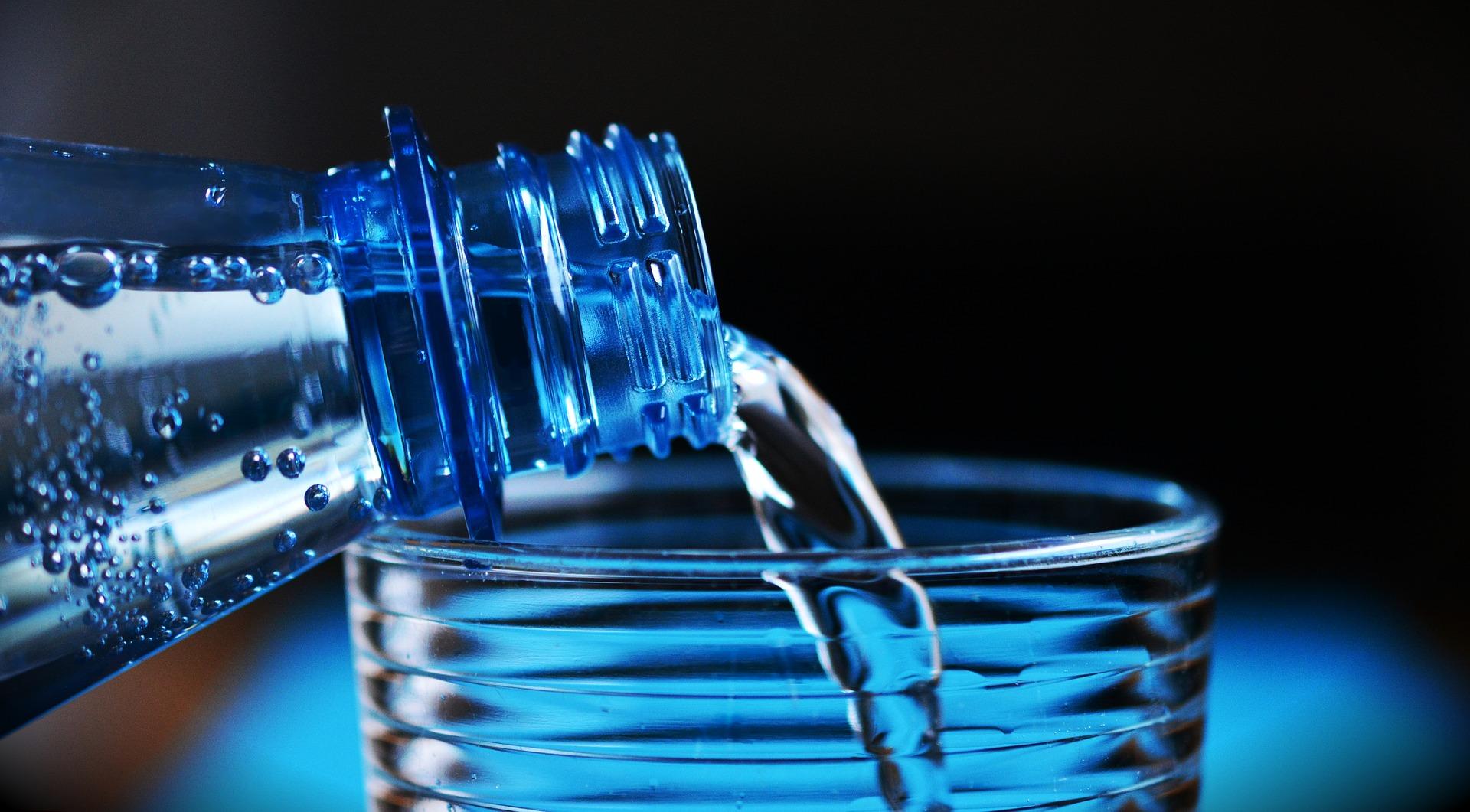 bouteille d'eau regime proteine